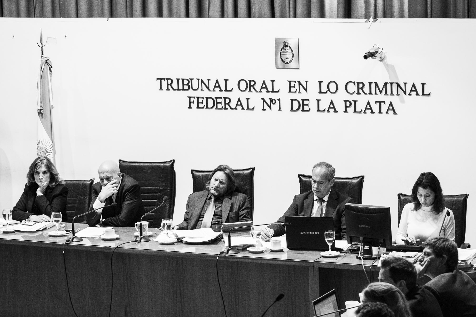 Resultado de imagen de TRIBUNAL ORAL EN LO CRIMINAL FEDERAL 1