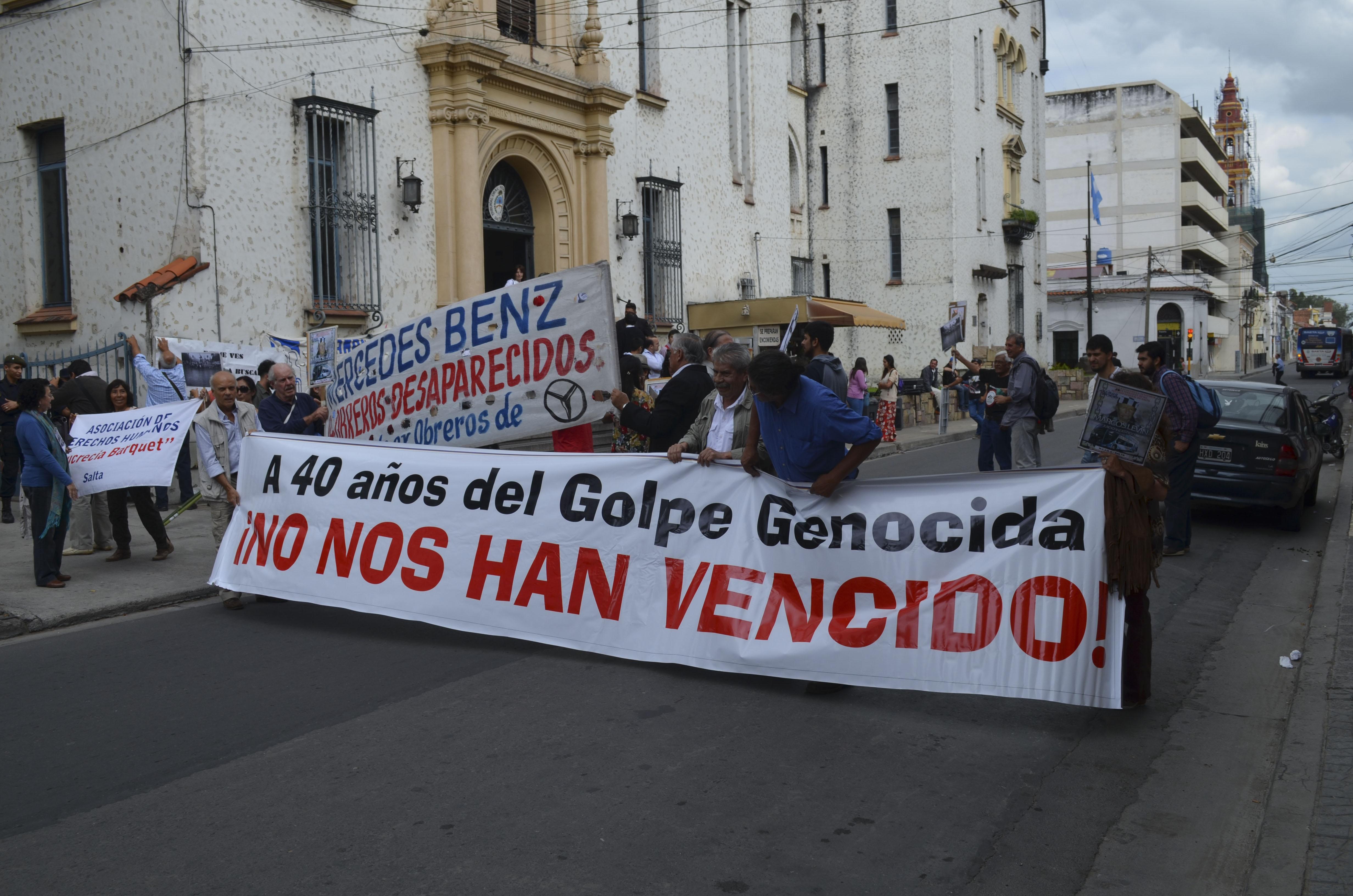 30-03-2016_salta_manifestantes_se_dieron_cita