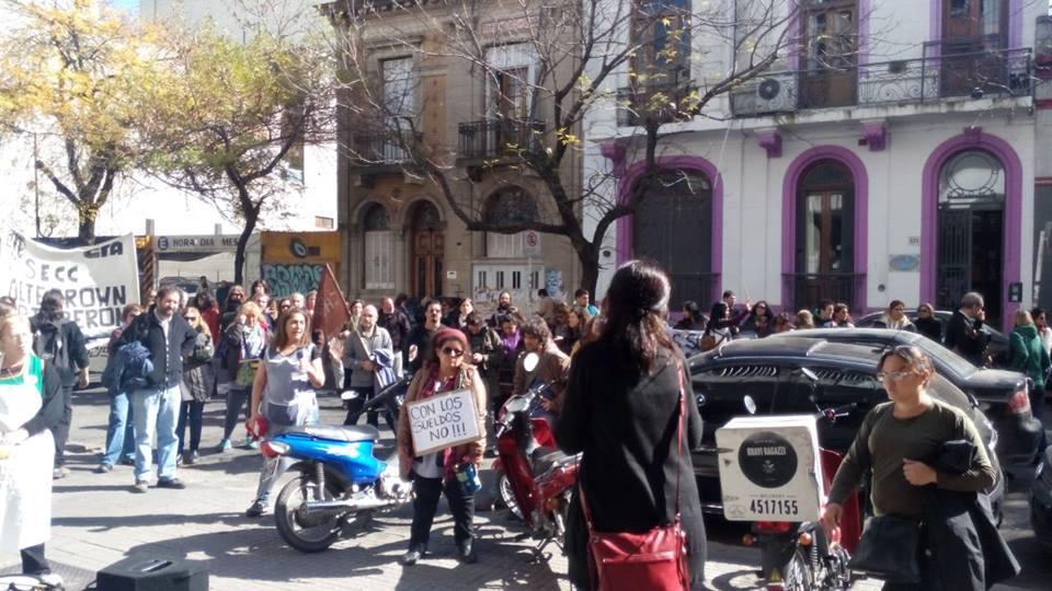 protesta en desarrollo social 1