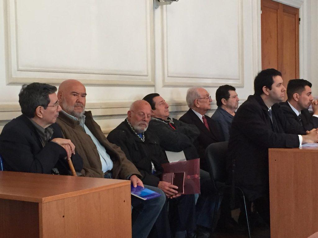 Los seis ex policías federales acusados.