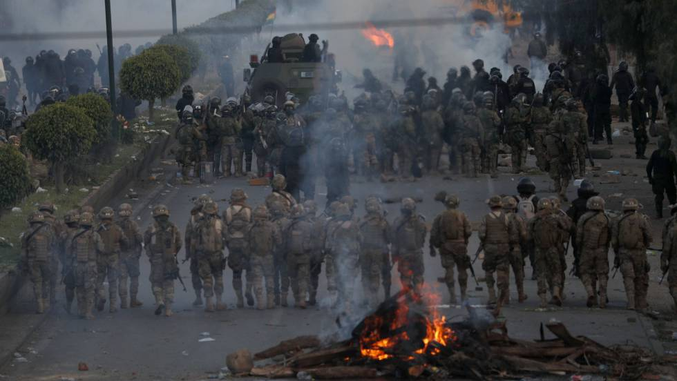 https://www.diariocontexto.com.ar/wp-content/uploads/2019/11/militares-bolivia.jpg